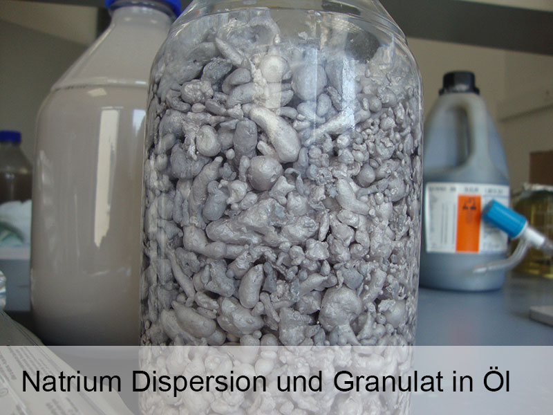 Granulat_und_Dispersion_in_Oel.jpg